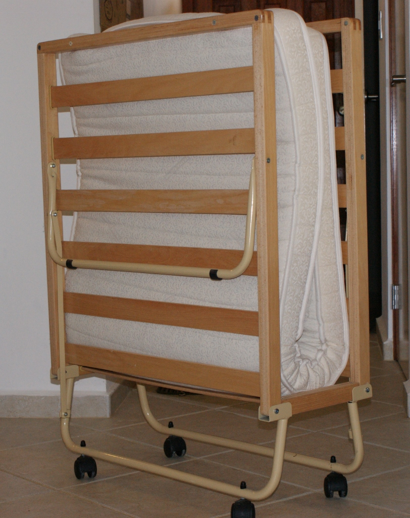 Fold-out Cot
