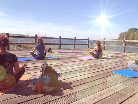 yoga seee.jpg