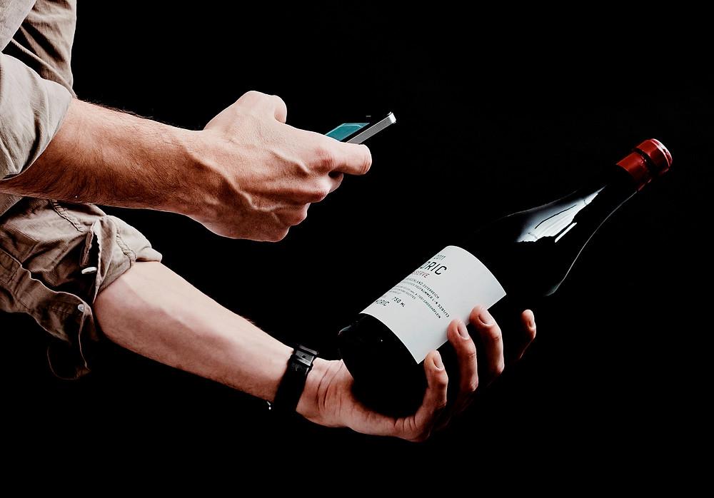 Vivino. Сканирование винной этикетки. Фото винной этикетки