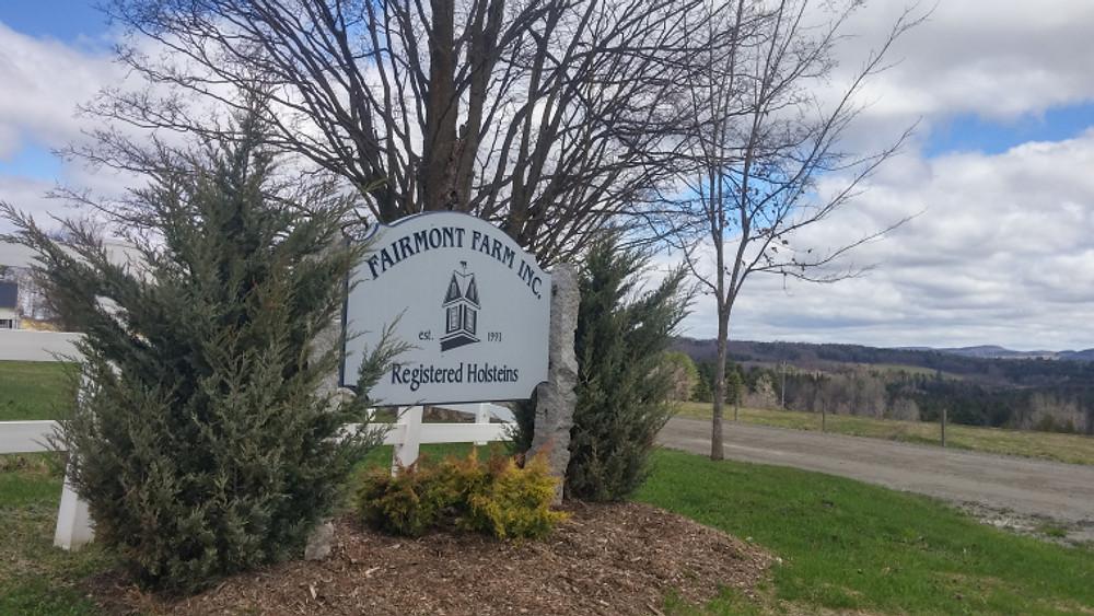 Fairmont Farm Sign