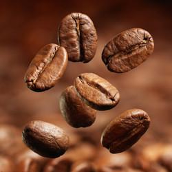falling+coffee+close+up