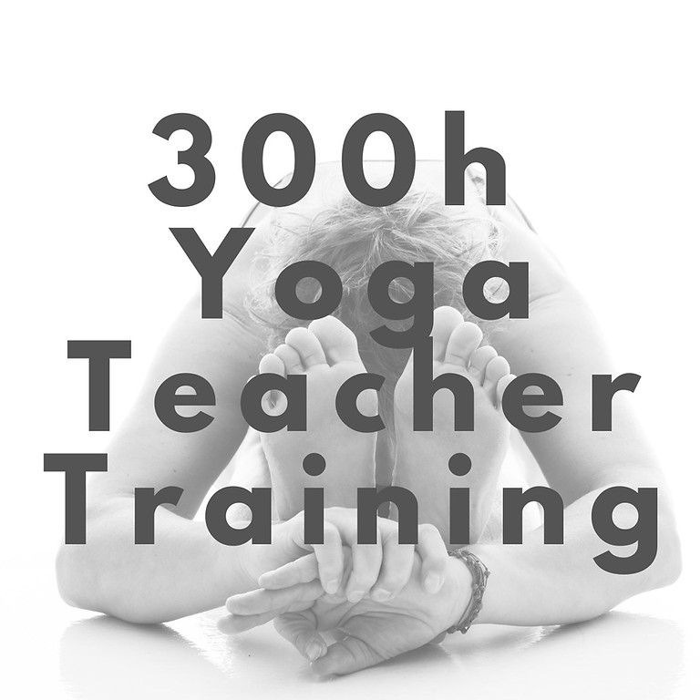 300h Yoga Teacher Training *** FULL ***