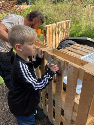 Y2 Forest School: Construction