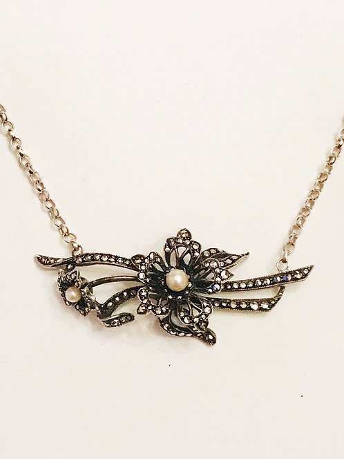 Pretty Vintage Silver, Marcasite & Pearl Flower Necklace