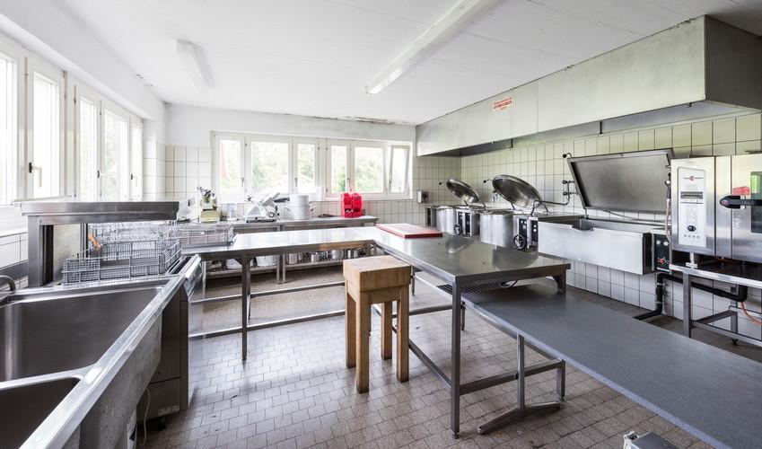 Küche im UG des Lagerhauses