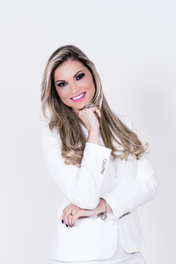Dra Caroline Perillo