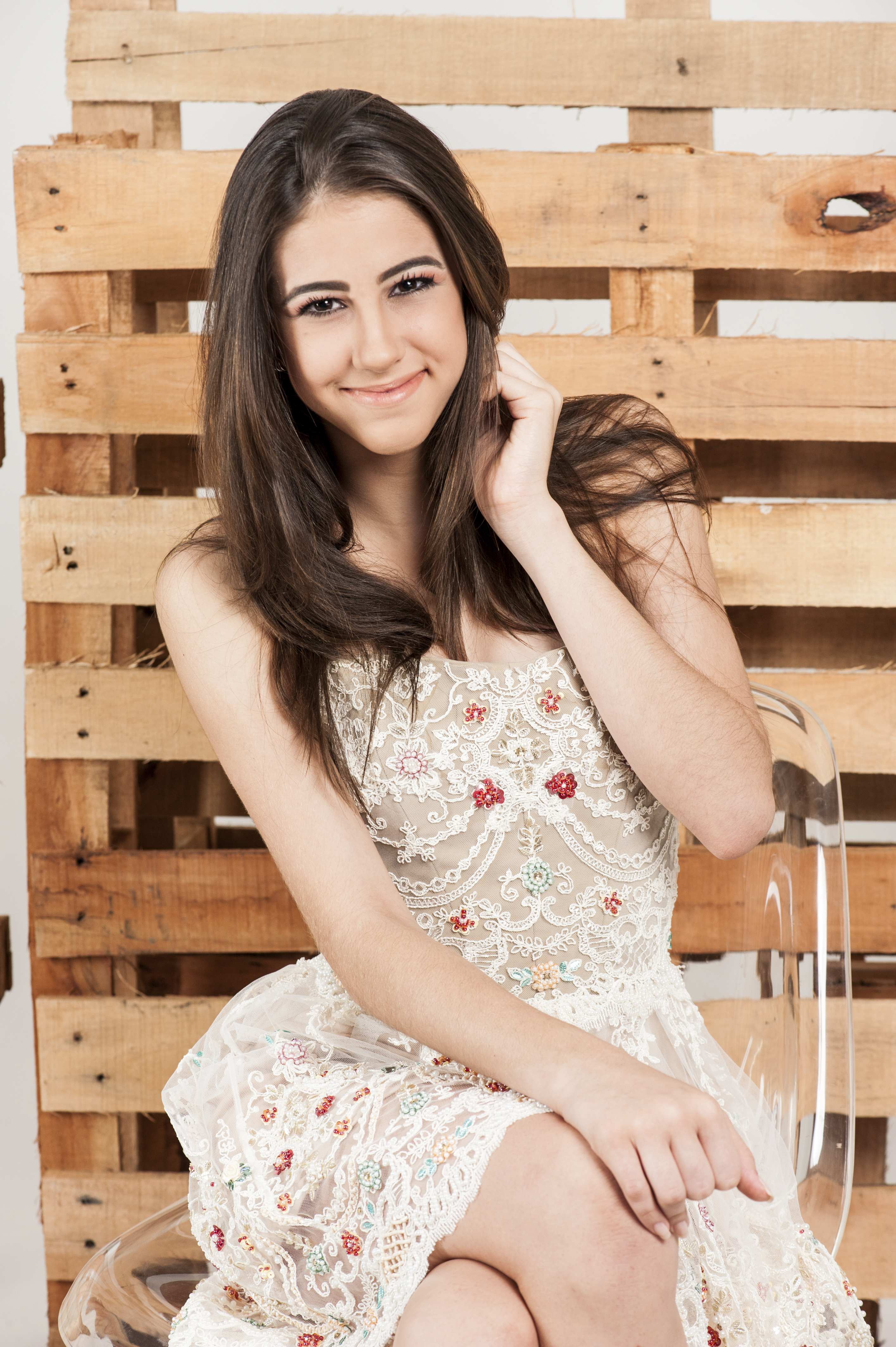 Book 14 anos - Luisa Carneiro