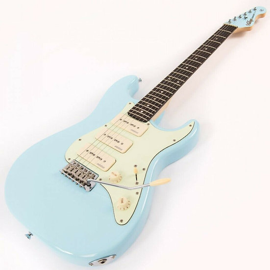 VINTAGE ELECTRIC GUITAR - 3W90 - LAGUNA BLUE
