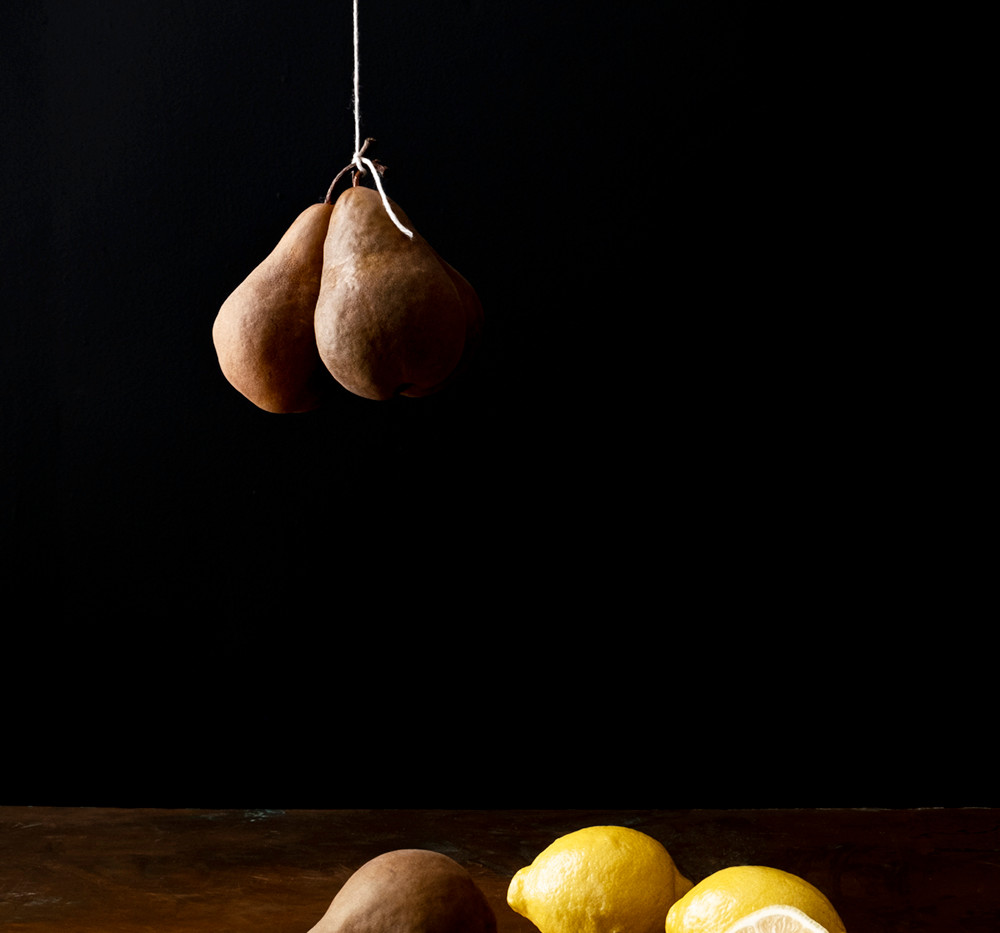 Photograph of Pear, Lemon from the series Bodegón (Still Life)