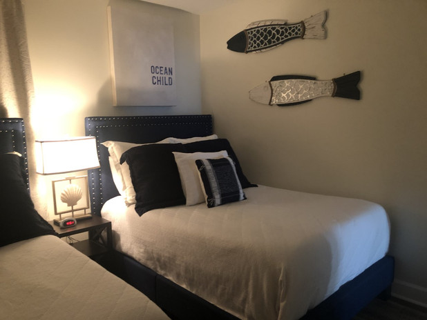 guest bed 2.jpg