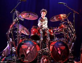 Glen Sobel, drums