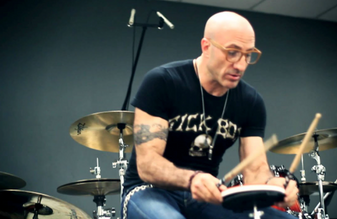 Kenny Aronoff, drums