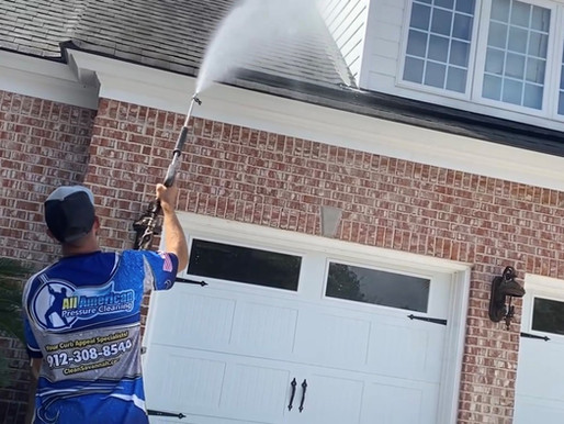 The Benefits of Hiring a Professional Pressure Washing Company