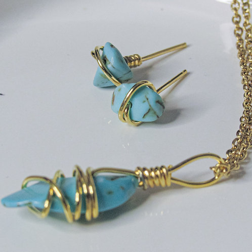 Turquoise Crystal Earring and Necklace set