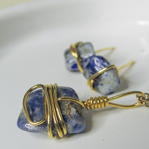Lapis Lazuli Crystal Earring and Necklace set