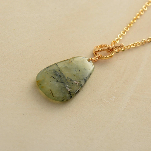 Peridot Crystal Lariat Necklace