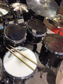 Our Singers New Stave Shell Kit