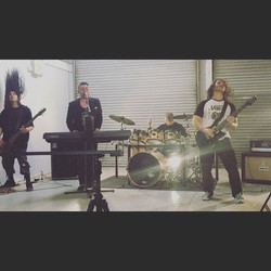 We are a 4 piece Alternative rock band with Metal Roots