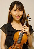 Portrait Picture with Violin 7x10.jpg