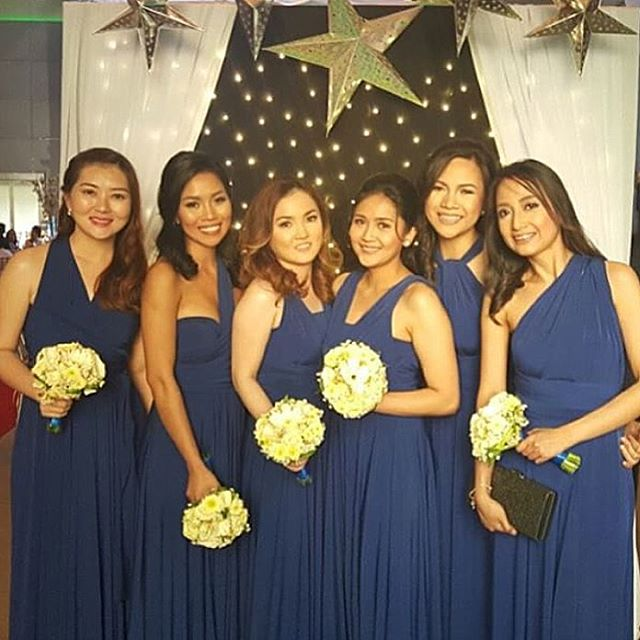 Pretty bridesmaids in blue 💙 Thanks for the picture _tien