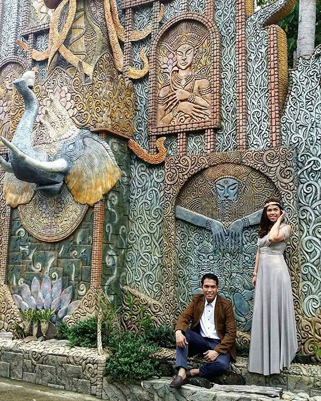 _carlaeser's rustic themed prenup pictorial is just perfect 😍 gorgeous bride-to-be wearing our best