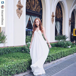 Beautiful ms. Camille Co wearing our Faye Sideboob dress in off-white. 😘 #Repost _itscamilleco with