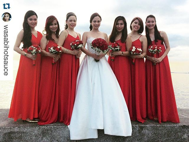Such a gorgeous red wedding!!! ❤❤️❤️ (Bridesmaids wearing custom Faye gown) #Repost _wasabihotsauce