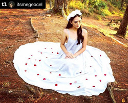 Into the woods with the pretty _itsmegeocel wearing Faye in light gray 😍 gorgeous! Thank you dear f