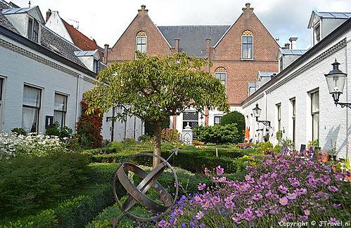 HaarlemHofje.jpg