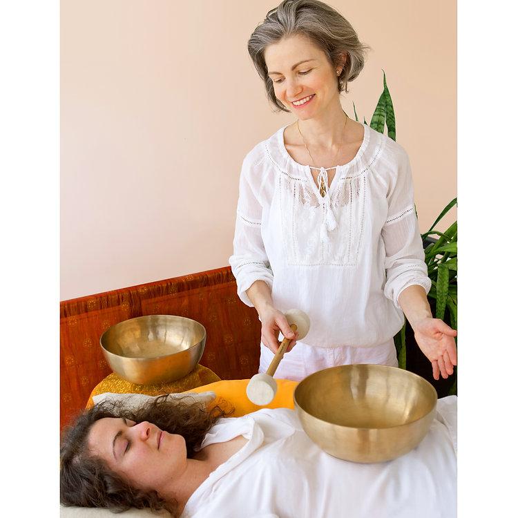Accueil-seance-de-soin-de-massotherapie-