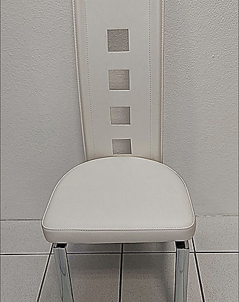 Stuhl creme-weiß.jpg