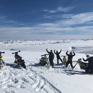 snowomoto_crew_shot