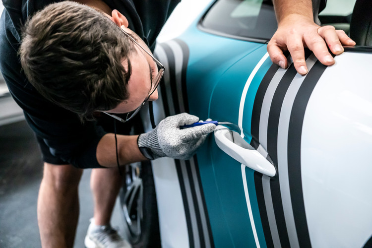 Vinyl detailing   Porsche 911