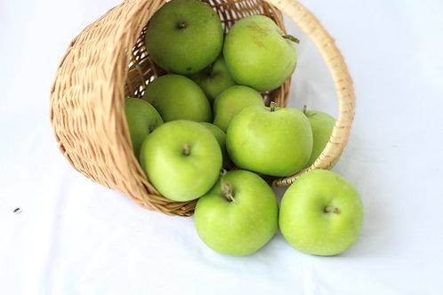 Fresh Apples (1/2 peck)