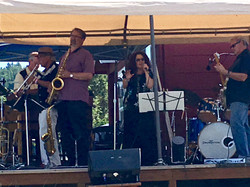 Groove Too at Blues Build '17