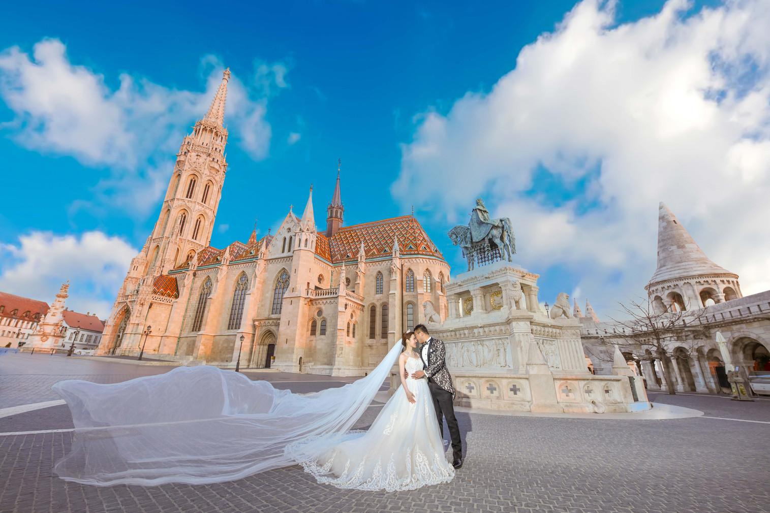 J & W | Budapest Pre-Wedding