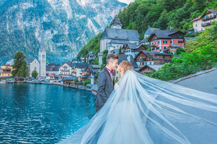 Hallstatt Pre-Wedding Photography