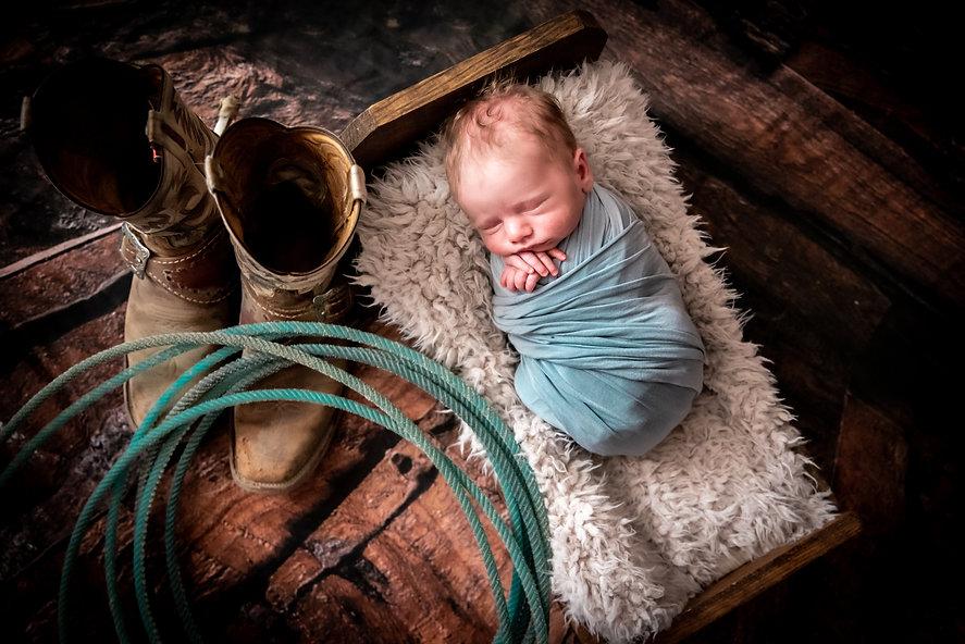 Erin Spear Newborn.jpg