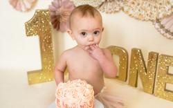 Brynn_1 Year Cake Smash_Idaho Family Pho
