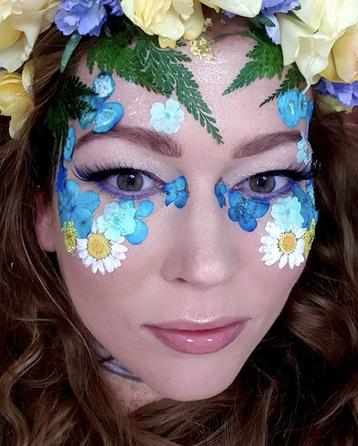 Festival Flower Makeup look.png