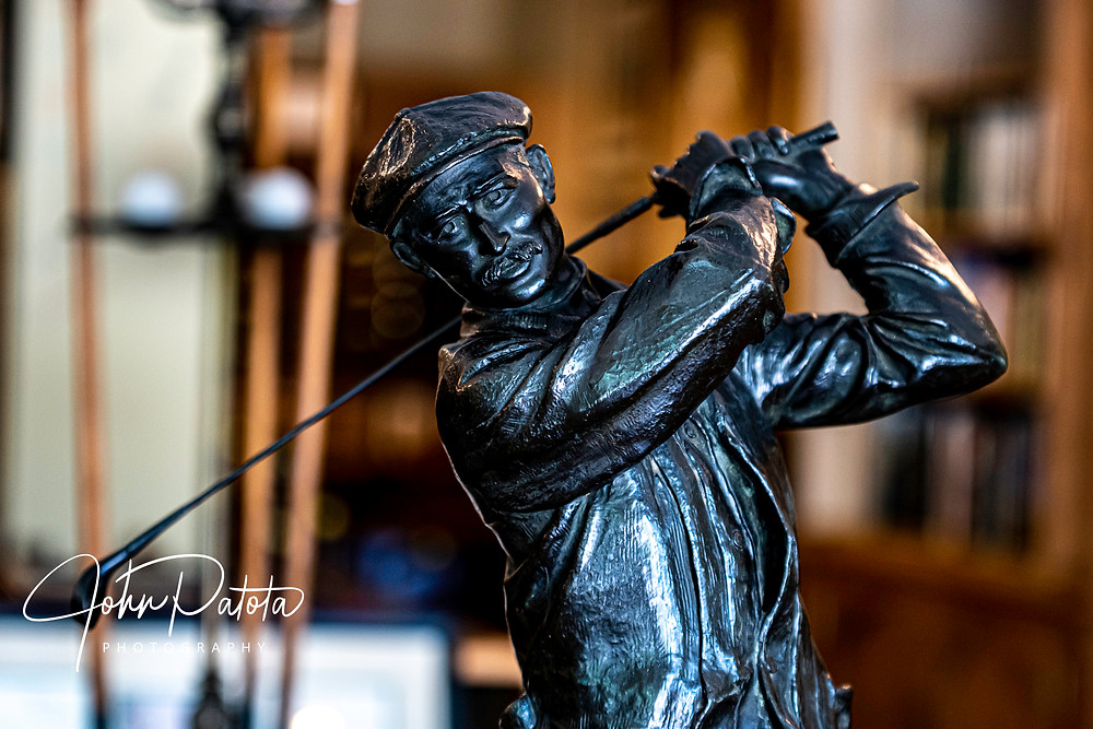 For sale is a bronze statute of Harry Vardon, considered to be the best golfer of his day. In 1900, Mr. Vardon crossed the Atlantic from the United Kingdom to play in an exhibition in Pinehurst.  This is one only only 5 statues of it's kind know to be existence.