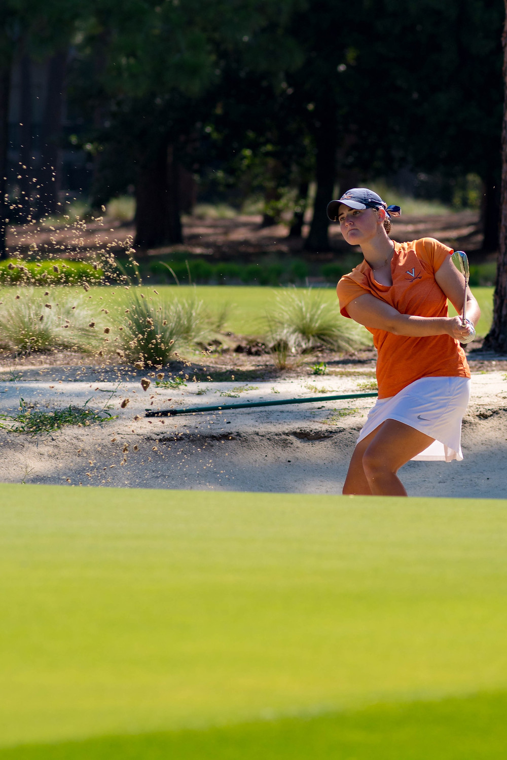 University of Virginia's Anna Redding coming out of the greenside bunker on 17th hole of Pinehurst No. 2 in 2017.