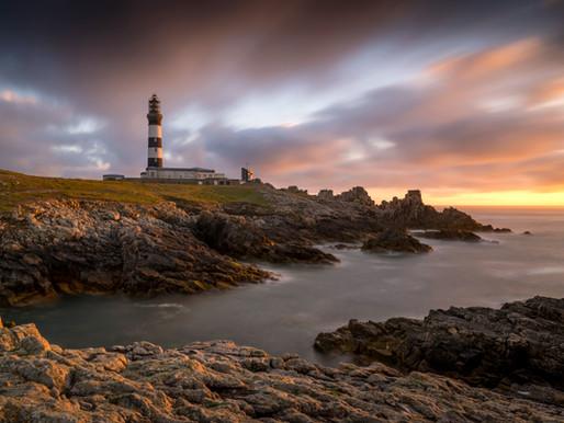 Au pied du phare du Créac'h sur l'île d'Ouessant