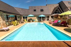photos-piscine-hotel-morbihan-bretagne.j