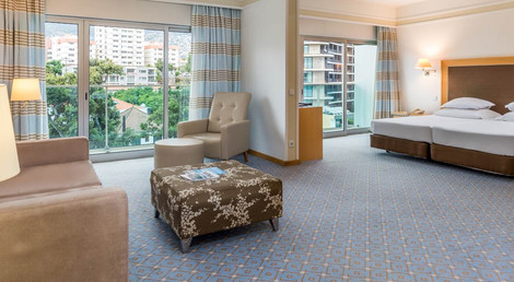 Pestana Carlton Tower Suites, Madeira