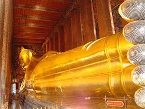 Reclining Buddha, Wat Pho.jpg