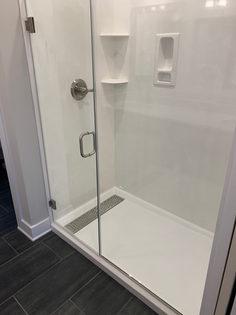 2ND MASTER BATH LUXURY SHOWER.JPG
