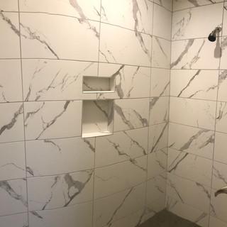 shower closer.JPG