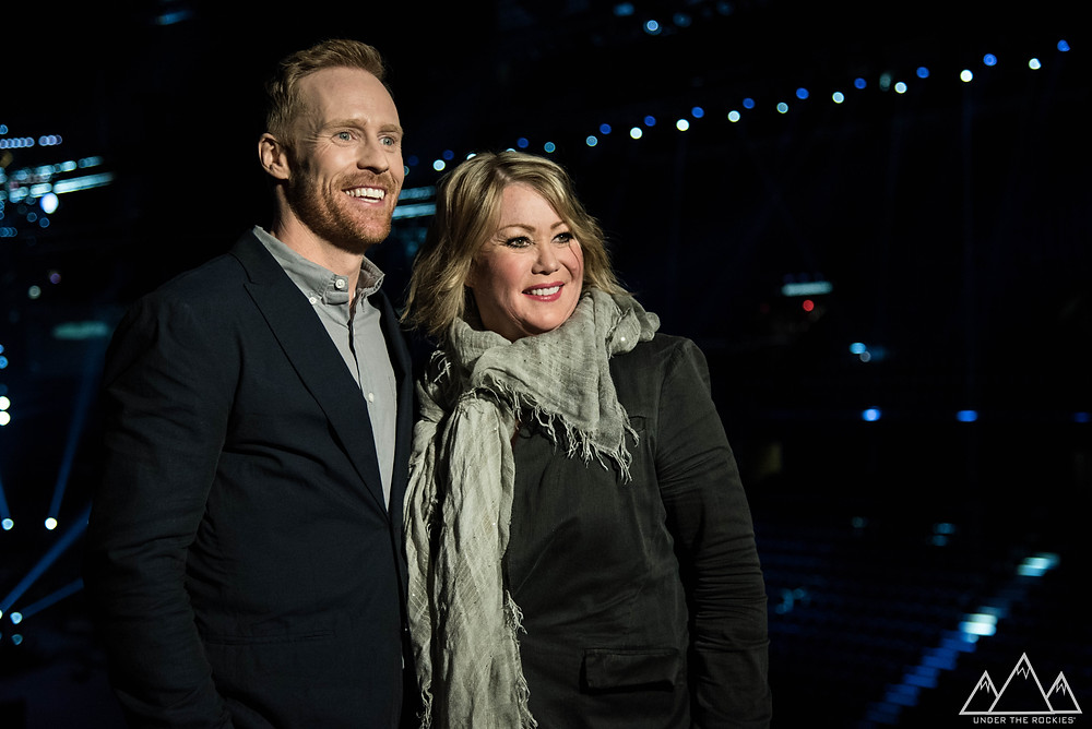 JON MONTGOMMERY AND JANN ARDEN, PHOTOGRAPHED AT THE JUNOS SET REVEAL.