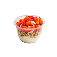 Yogur con fruta de temporada y granola